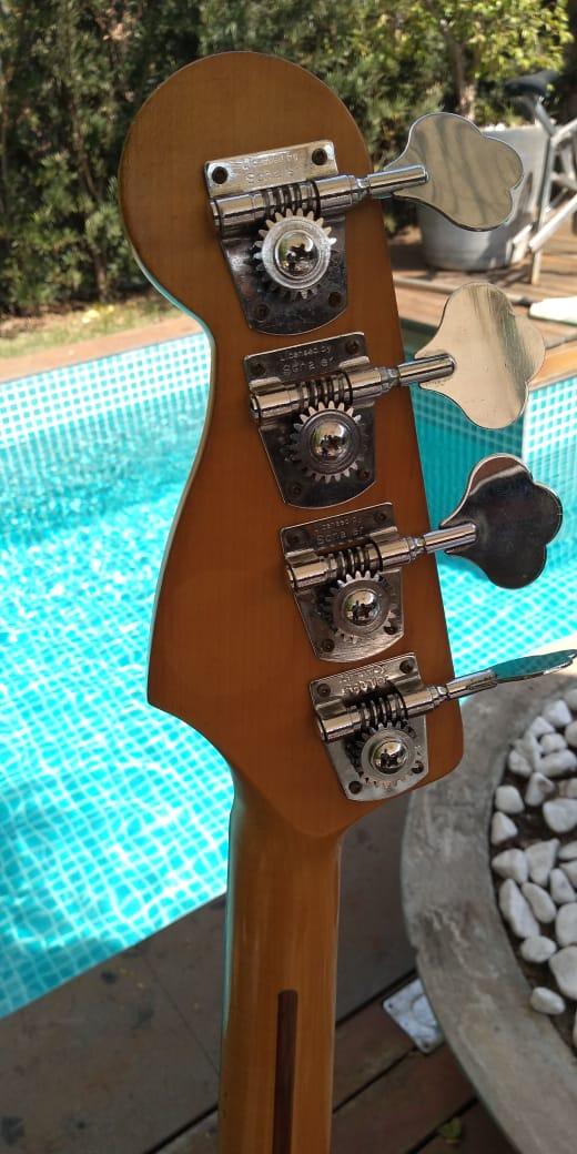 Ajudinha sobre autenticidade de Fender Jazz Bass Mexicano 4